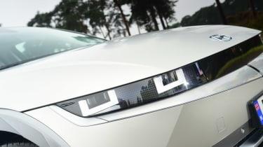 Hyundai Ioniq 5 - front detail