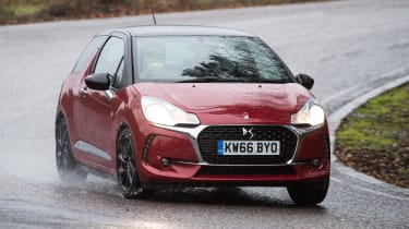 DS 3 Performance Line 2017 - front cornering