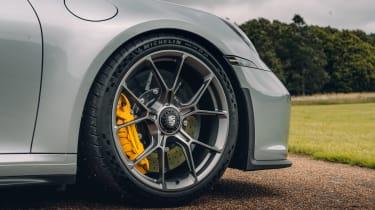 Porsche 911 GT3 Touring Package - front wheel