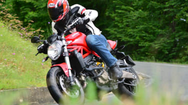 Ducati Monster 821 review - riding