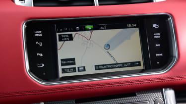 Range Rover Sport SVR - sat nav screen