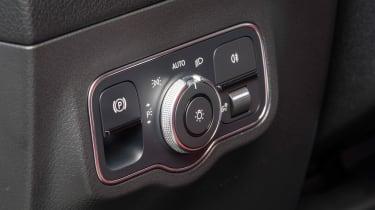 Mercedes B-Class controls
