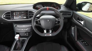 Peugeot 308 GTi - dash