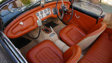 Daimler Dart interior