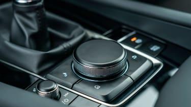 Mazda 3 - infotainment controls