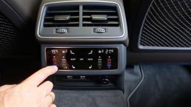 Audi A6 Allroad - rear controls