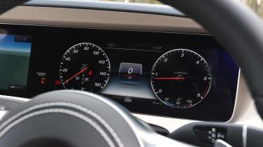 Mercedes S-Class - speedo