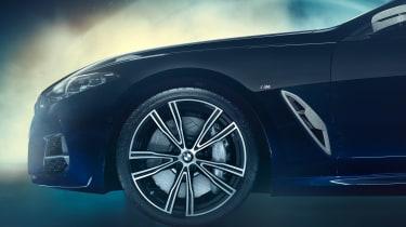 BMW M850i Night Sky - wheel