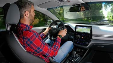 Hyundai Ioniq Hybrid - Rich Ingram