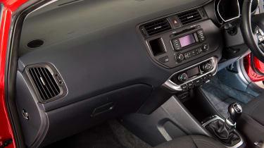 Used Kia Rio - interior