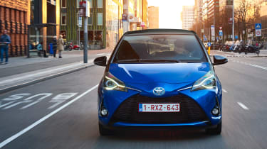 Toyota Yaris Hybrid Bi-Tone - full front