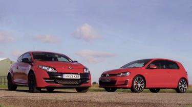Volkswagen Golf vs Renault Megane RS video