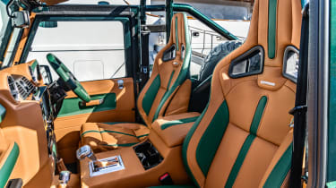 Overfinch Defender 90 - interior