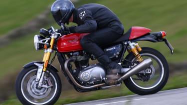 Triumph Thruxton R review - lead