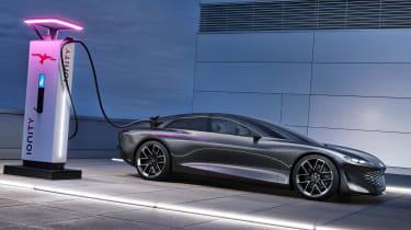 Audi Grandsphere concept - charging