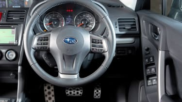 Subaru Forester 2.0D XC interior