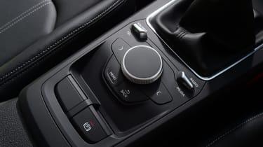 Audi Q2 - intruments