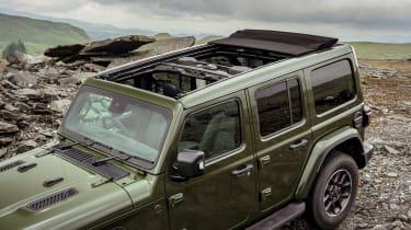 Jeep Wrangler - roof