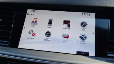 Vauxhall Insignia Grand Sport 2017 1.5 Turbo screen 1