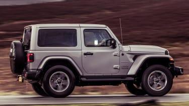 Jeep Wrangler  - side tracking