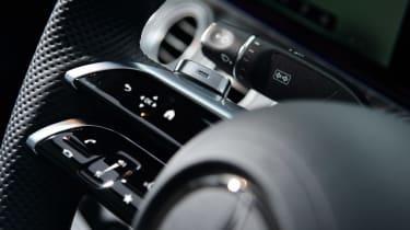 Mercedes E 300 e - steering wheel controls