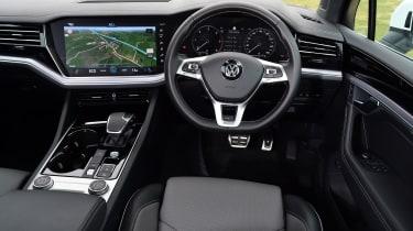 Volkswagen Touareg - interior
