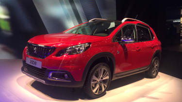 Peugeot 2008 Geneva - front three quarter