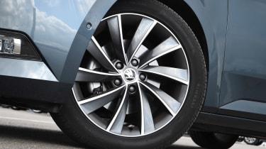 Skoda Superb wheel