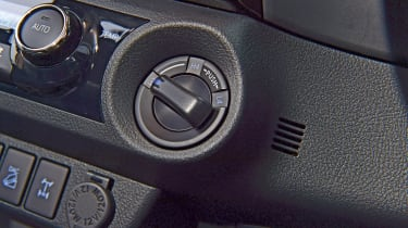 Toyota Hilux mode selection