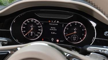 Bentley Continental GT - instruments