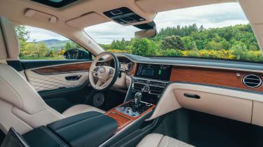 Bentley Flying Spur Hybrid - dash