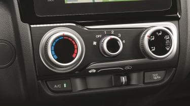 Honda Jazz - air con controls