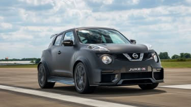 Nissan Juke-R front 3/4 tracking