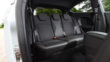 Ford Fiesta ST200 - rear seats