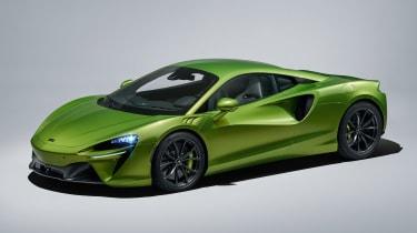 McLaren Artura - studio front