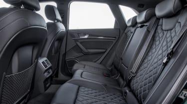 Audi SQ5 - rear seats
