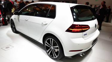 New 2017 Volkswagen Golf GTE reveal - rear