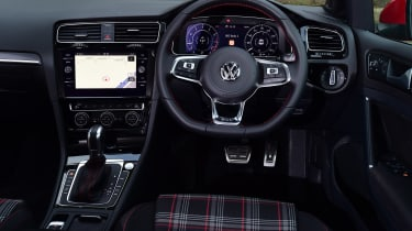 VW Golf GTI - dash
