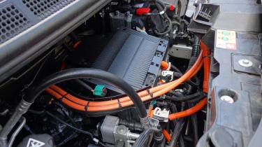 Peugeot e-Expert - motor