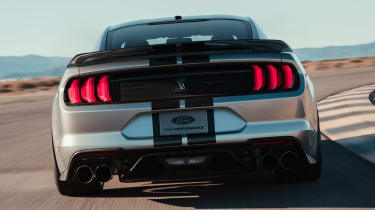 Ford Mustang Shelby GT500 - full rear