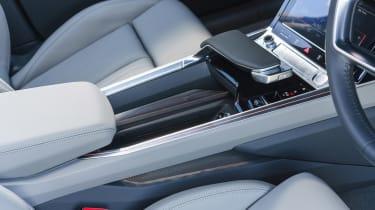 Audi e-tron - centre console