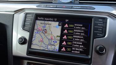 Volkswagen Passat Alltrack - infotainment