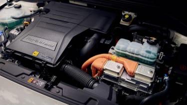 Hyundai Ioniq Plug-in - engine