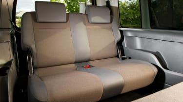 Volkswagen Caddy Maxi Life rear seats