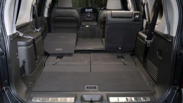 Nissan Pathfinder boot