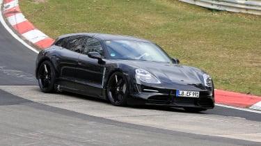 Porsche Taycan Sport Turismo - spyshot 2