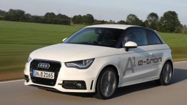 Audi A1 e-tron front tracking