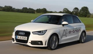 Audi A1 e-tron front tracking