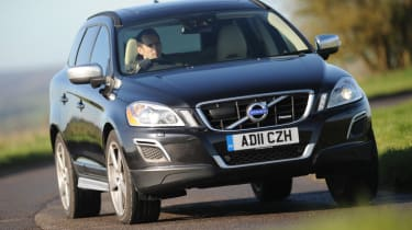 Volvo XC60 D3 DRIVe front cornering