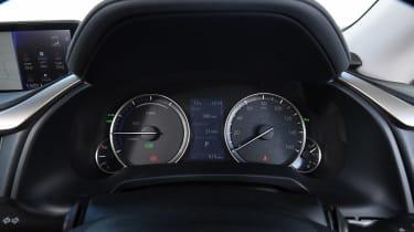 Lexus RX 450h L - dials